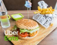 Chicken Burger Menu | Kipfiletburger, friet, saus en frisdrank